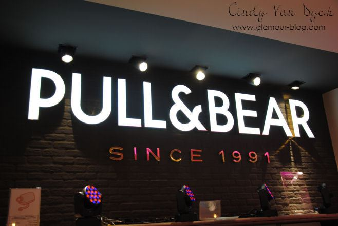 Related to Pull & Bear - Wikipedia, the free encyclopedia